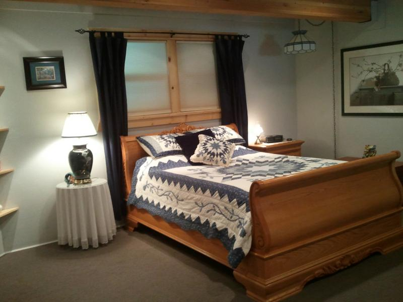 The Oak Suite Bedroom